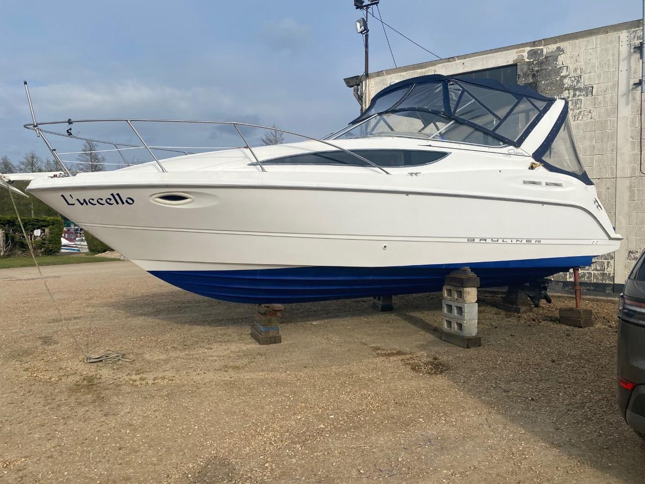 Bayliner 2855 for sale from Norfolk Boat Sales